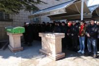 KıSKANÇLıK - Kocasının Canice Öldürdüğü Kadın, Kırşehir'de Son Yolculuğuna Uğurlandı