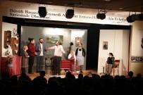 'Ocak' Adlı Tiyatro Oyunu Kartal'da Sahnelendi