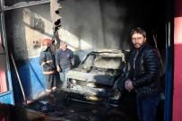 YAĞCıLAR - Oto Kaportacı Dükkanı İçerisindeki Araç Alev Aldı