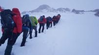 ŞANLIURFA - Şanlıurfalı Dağcılar Berit Dağına Tırmandı