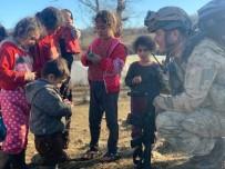 Asker Şefkati Çocukları Mutlu Etti