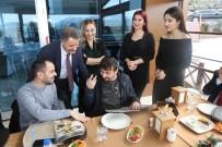 İLETİŞİM FAKÜLTESİ - Braille Alfabeli Ve QR Kodlu Menü