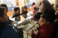 FRANSA - Çankayalı Çocuklar Tabiat Tarihi Müzesi'ni Gezdi