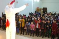 SOSYAL HİZMETLER - Diyarbakır Büyükşehir Belediyesi Çocukların Karne Sevincine Ortak Oldu