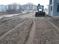 Düzce Belediyesi Yol Eksikleri Tamamlanıyor