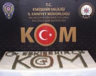 KAÇAKÇILIK - Eskişehir'de Piyasaya Sahte Euroyu Sürmek İsteyen Kalpazanlar Tutuklandı