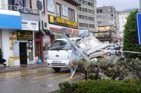 ELEKTRİK DİREĞİ - Giresun'da Etkili Olan Fırtına Elektrik Direğini Yerinden Söktü