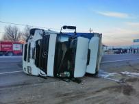 Isparta - Konya Kara Yolunda Minibüse Çarpan Tır Devrildi Açıklaması 1 Yaralı