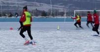 ŞAMPIYON - Kars 36 Spor Hoçvan Spor Karşılaşması Hazırlıklarını Sürdürüyor