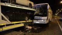 DEVLET HASTANESİ - Uşak'ta Yolcu Otobüsü Kaza Yaptı Açıklaması 3'Ü Ağır 13 Yaralı