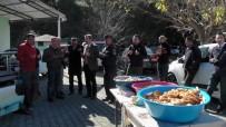 1 Yıldır Kayıp Olan Buse İçin Gözü Yaşlı Anma Töreni
