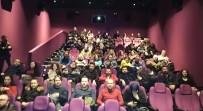 41 Burda AVM, Gazetecileri Sinema Filminde Buluşturdu
