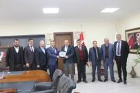 EGE BÖLGESI - AK Parti Yerel Yönetimler Başkan Yardımcısı Abdurrahman Öz'den Emirdağ'a Ziyaret