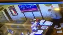 ALACAK VERECEK MESELESİ - Avukatlık Bürosundaki Silahlı Kavganın Görüntüleri Ortaya Çıktı