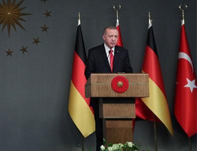 Erdoğan-Merkel ortak basın toplantısı yaptı