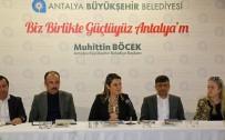 Genel Sekreteri Cansel Tuncer, İşletme İhalesi İptal Edilen Konyaaltı Sahili'ndeki Alt Kiracılarla Biraya Geldi