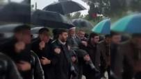 MESCİD-İ AKSA - İsrail'in Yasak Koyduğu Şeyh İkrime Sabri, Mescid-İ Aksa'ya Omuzlarda Girdi