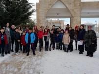 REHABILITASYON - Mamaklı Öğrencilerden Anlamlı Ziyaret