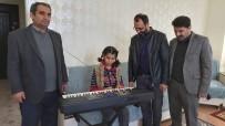 GÖRME ENGELLİ - Müzik Tutkunu Görme Engelliye Almanya'dan Müzik Aleti