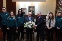 Vali Çakacak, Gümrük Müdürü Koparan Ve Beraberindeki Heyeti Kabul Etti