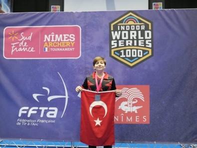 Yusuf Kaya, Salon Okçuluk Turnuvası'nda Dünya İkincisi Oldu
