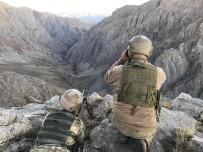 HABUR - 3 Terörist Şırnak Habur Sınır Kapısı'nda Teslim Oldu