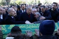 CENAZE - Cumhurbaşkanı Erdoğan, Depremde Hayatını Kaybeden Anne Ve Oğlunun Cenaze Törenine Katıldı