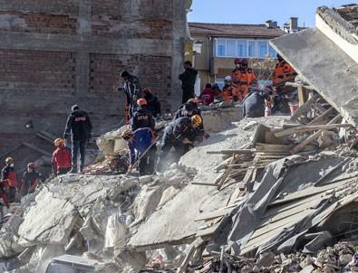 Elazığ'daki depremde 29 kişi hayatını kaybetti, 1234 kişi yaralandı