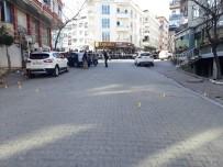 ALACAK VERECEK MESELESİ - Esenyurt'ta İki Grup Arasında Silahlı Çalışma Çıktı Açıklaması 1 Yaralı