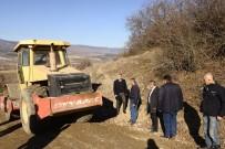 DENIZ PIŞKIN - Kaymakam Pişkin Köy Yollarında Yapılan Çalışmaları İnceledi