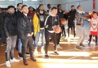 SİVAS VALİSİ - Sivassporlu Futbolcular Basketbol Oynadı