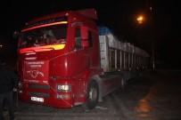 UŞAKSPOR - Uşak'tan Elazığ'a Gönderilen Yardım Tırı Yola Çıktı