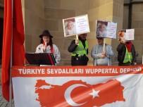 DERNEK BAŞKANI - Almanya'da 4 Günlük Bebeği Ailesinden Alan Gençlik Dairesi Protesto Edildi
