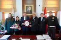 SAYGI DURUŞU - Ayvalık'ta Gümrük Günü Kutlanıldı