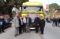 PAZAR GÜNÜ - Başkan Akın Yardım Tırlarıyla Birlikte Elazığ'a Gitti