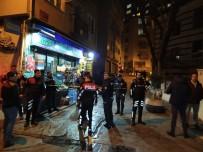 Beyoğlu'nda Sokak Ortasındaki Kavga Kanlı Bitti Açıklaması 1 Yaralı