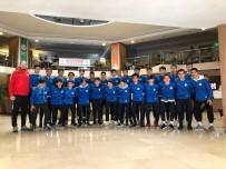 İZMIR MARŞı - Buca'nın Genç Sporcularına 5 Yıldızlı Moral