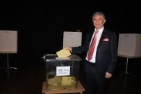 CHP Uşak Merkez İlçe Başkanı Uğur Dümen Oldu