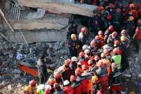 Elazığ'da Sürsürü Mahallesi'ndeki Enkazdan 3 Ceset Çıkarıldı