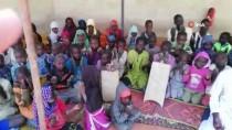 Kamerunlu Yetimler Türkiye'deki Depremzedeler İçin Dua Etti