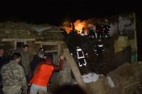 HASARLI BİNA - Malatya'da Depremin Acı Bilançosu