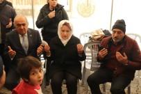 TAZİYE ZİYARETİ - Meral Akşener'den Depremde Ölenlerin Yakınlarına Taziye Ziyareti