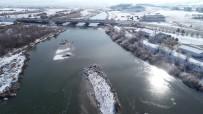 HAVA SICAKLIĞI - Sivas Buz Tuttu