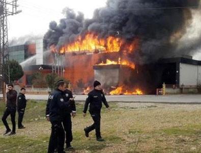Antalya'da korkutan yangın! Çevrede güvenlik önlemi alındı