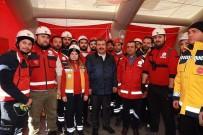 Bakan Koca, Elazığ'daki Kırklareli UMKE Ekibinin Çalışmalarını İnceledi