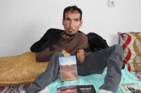 BEDENSEL ENGELLİ - Bedensel Engelli Genç 14'Üncü Kitabını Çıkardı