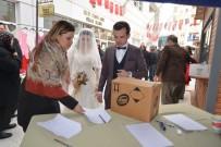 SOSYAL MEDYA - Dünya Evine Giren Çiftler En Mutlu Günlerinde Depremzedeleri Unutmadı