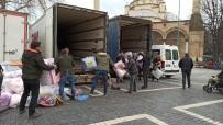 Düzce'den Depremzedelere Yardımlar Devam Ediyor