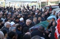 Elazığ'da Depremde Hayatını Kaybeden 2 Kişi Defnedildi