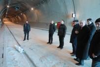 Ferhat Tüneli'nde Su Sızıntısı Onarıldı, Yeniden Trafiğe Açılıyor